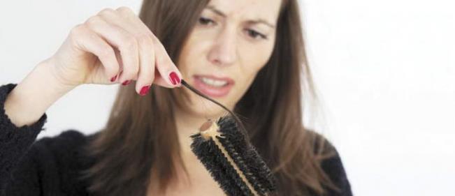Алопеция у женщин: лечение женского облысения волос, причины и ...