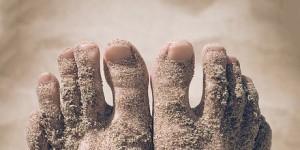 Сухая экзема на руках и ногах: лечение мазями и народными ...