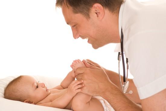 Чем лечить опрелости у новорожденных - основные средства