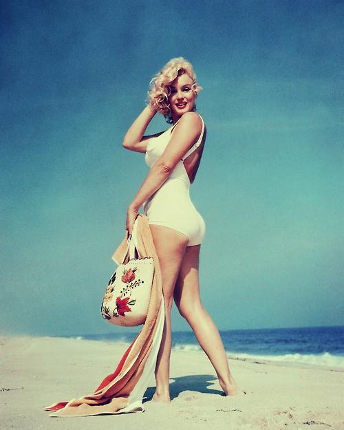 Как скрыть целлюлит на пляже? 8 действенных советов - WomanAndHome.ru