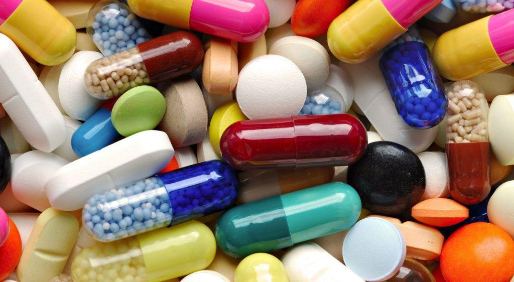 Препараты психотропного действия избавляют от тревоги и депрессии, уменьшая проявление заболевания