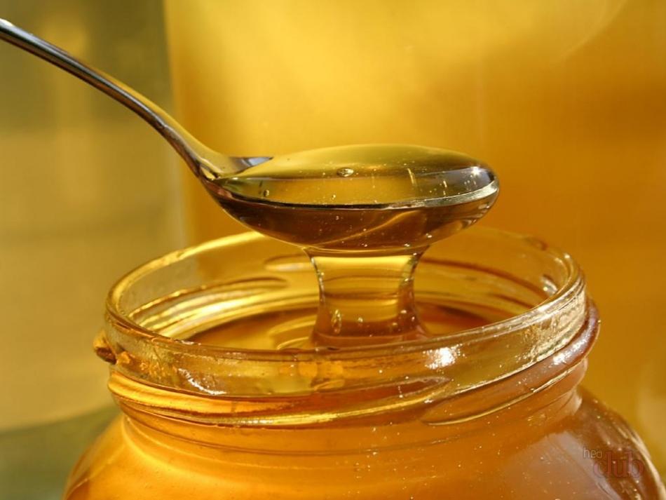 Маски с мёдом можно делать тем, у кого нет аллергии на продукты пчеловодства